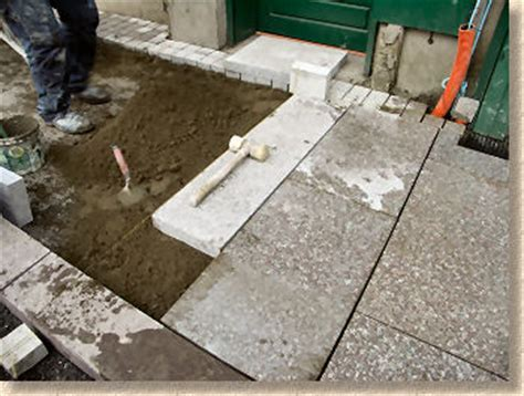 Pavingexpert   Rigid Laying of Granite Paving