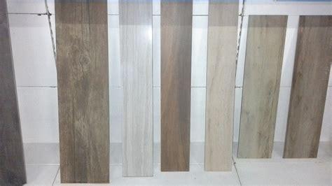 stock piastrelle gres porcellanato stock gres porcellanato effetto legno 5 000 mq tradeworld it