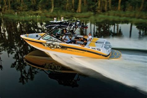 different boat brands what are the different types of boats