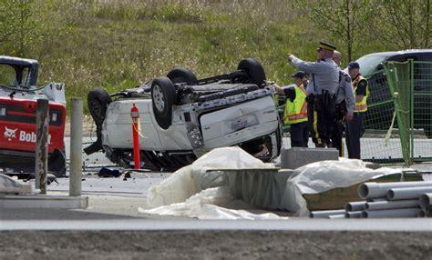 car crash in b c crash near u s border kills five in struck car