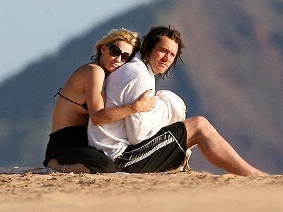 No Wedding Bells For Jim Carrey Mccarthyever by Cutest Couples Of 2007 บ นเท งตะว นตก 559285