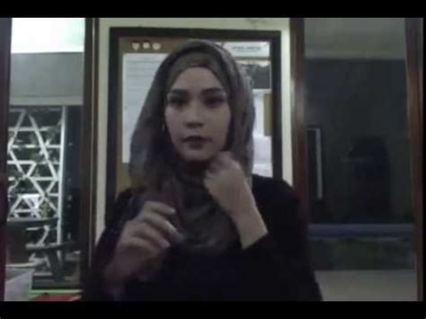 tutorial kerudung pashmina zaskia sungkar hijab tutorial cara memakai jilbab pashmina 2 by zaskia