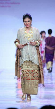 Maxi Gamis Maxy Roselins Batik Brown baju raya 2016 baju kurung peplum moden fesyen trend terkini fesyen trend terkini
