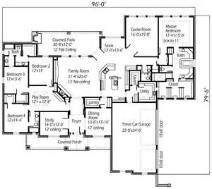 house plans with big bedrooms four bedroom large family house floor plans layout homescorner