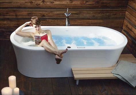 whirlpool für garten badewannen idee alt