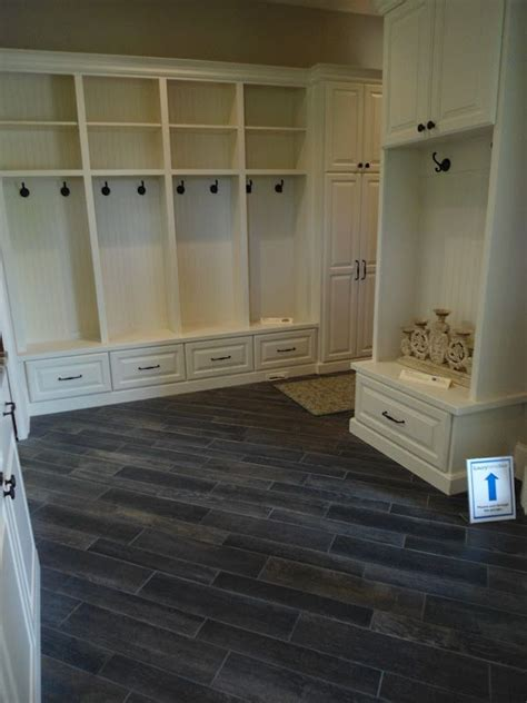 1000  ideas about Faux Wood Tiles on Pinterest   Wood