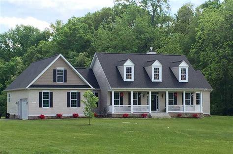custom farmhouse plans 100 custom farmhouse plans 15 custom homes plus