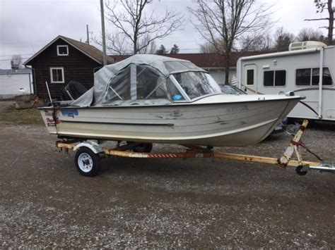 1982 starcraft boat 1982 16 foot starcraft aluminum runabout sold