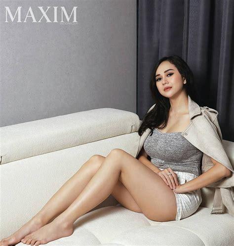 film indonesia hot 2017 foto hot aura kasih jadi cover majalah dewasa ungkap
