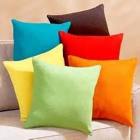 cuscini colorati cuscini cuscino interpretazione dei sogni romoletto