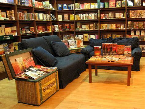 Barnes Singapore Goodbye Borders Hello Independent Bookstores Ramblings