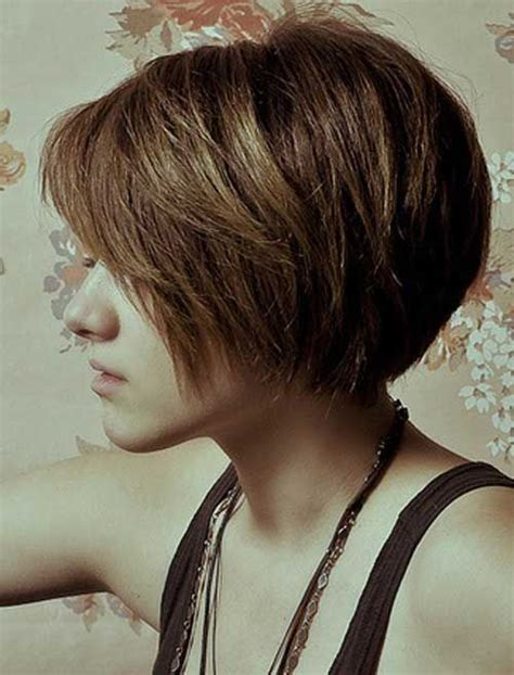 hairstyles for women at age 39 40 short haircuts for girls with added oomph