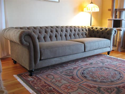 Couch Seattle   Custom to the inch seating at non custom pricing
