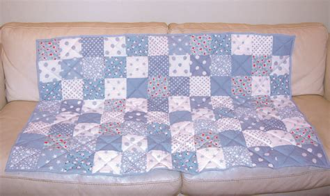 How To Make Patchwork - make a patchwork quilt the easy way turquoise textiles