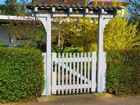 portes de jardin portillon de jardin 50 id 233 es pour votre ext 233 rieur