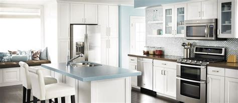 shenandoah cabinetry island in solana spice kitchen 1000 images about home kitchen dining area on