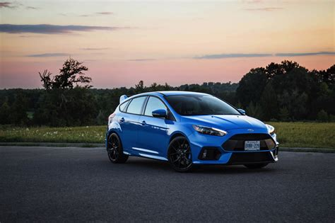 Ford Focus Yellow Paint   2017, 2018, 2019 Ford Price