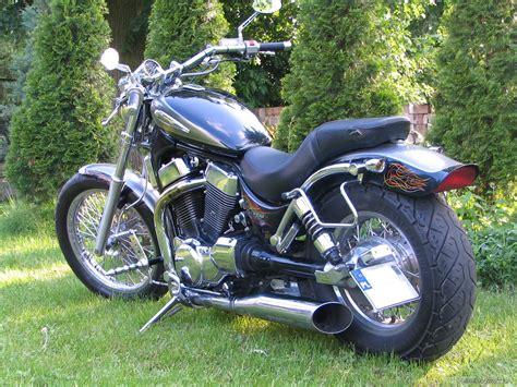 Suzuki Intruder 1400 Review Bikepics 1997 Suzuki Intruder 1400 Motorcycle Review And