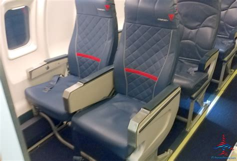 delta comfort plus seats comfort plus seats on delta air lines crj200 ren 233 s