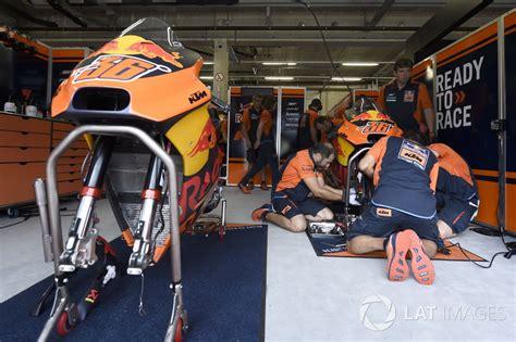 ktm garage ktm garage gp d autriche photos motogp motorsport
