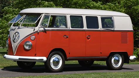 kombi volkswagen for classic volkswagen kombi sells for 158k car news