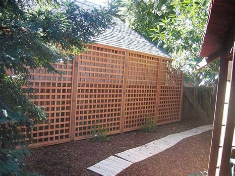 Design For Lattice Fence Ideas 1000 Ideas About Lattice Fence On Pinterest Fencing Companies Picket Fences And Arbors