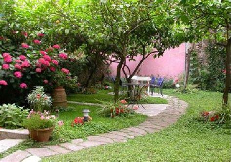 cura giardino come curare il giardino d estate stilopolis