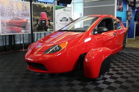 elio motors ec engineer vehicle debuts  la