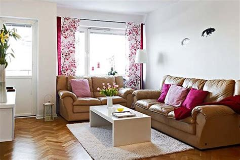 How To Make A Small Living Room Look Bigger by Make Your Living Room Look Bigger