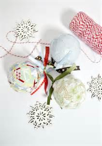 easy paper scrap diy christmas ornaments mod podge rocks
