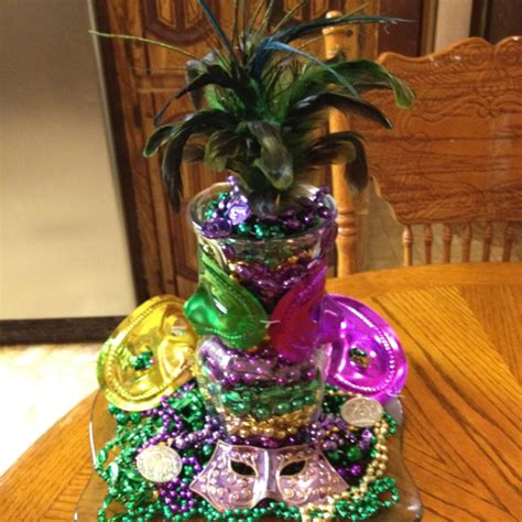 mardi gras centerpiece arts crafts diy pinterest