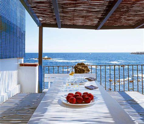 mediterranean beach house   costa brava idesignarch