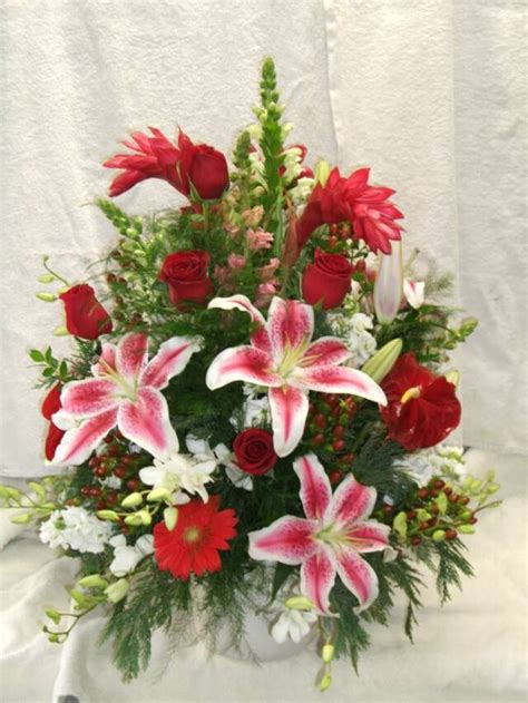 how to make silk flowers look real 17 best images about flower arrangements on pinterest