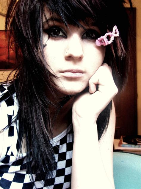 hairstyles for men: Popular Emo Hairstyles For Boys and