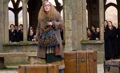 Harry Potter Professor Trelawney Promo Sybill Trelawney Costume Diy Guides For
