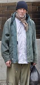 richard gere is convincing as homeless man while filming in front of