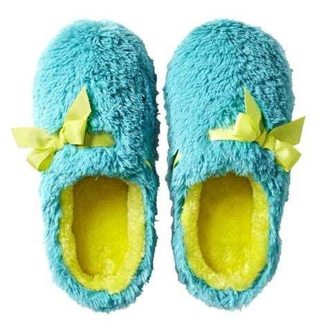 fuzzy bedroom slippers 78 best images about slippers can t have enough on