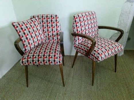 tissus d ameublement fauteuil paire de fauteuils retro tissu d ameublement