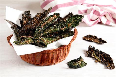 cucina cavolo nero ricetta chips di cavolo nero al forno cucchiaio d argento