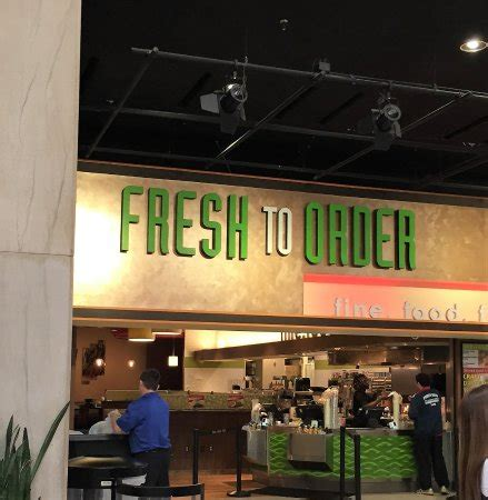 fresh to order restaurant review fresh to order cnn center atlanta restaurant reviews
