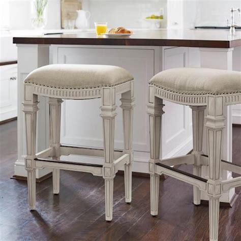 kitchen island stool height 17 best ideas about backless bar stools on