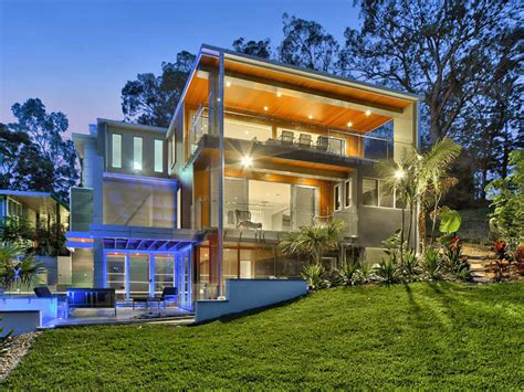 luxury contemporary home on brisbane river homedsgn