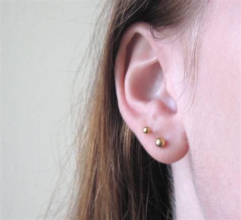 boule d or boucles d oreilles boucles d oreilles par