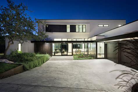 richardson architects lakeway residence by clark richardson architects 2015