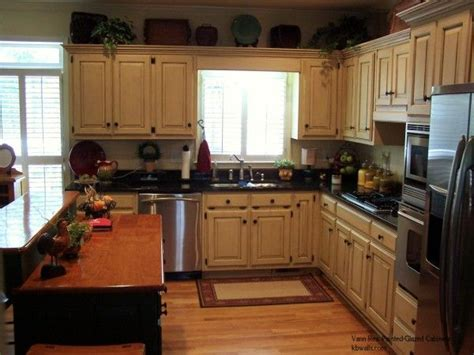 Staining Kitchen Cabinets White by White Kitchen Cabinets With Glaze Glazed Cabinets