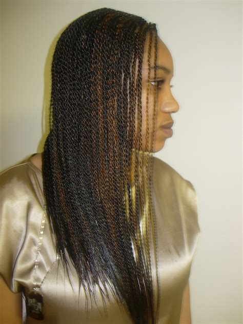 what type of hair is used for singalese twist 301 moved permanently