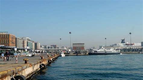 orari traghetti napoli ischia porto aliscafi e traghetti napoli ischia tutti gli orari