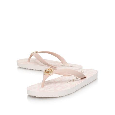 Toe Flat Soft Pink by Lyst Michael Kors Mk Flat Toe Post Flip Flop Sandals In Pink