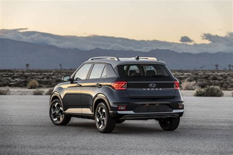 Hyundai Venue 2020 Price by 2020 Hyundai Venue Shrinks The Suv And Its Price Tag
