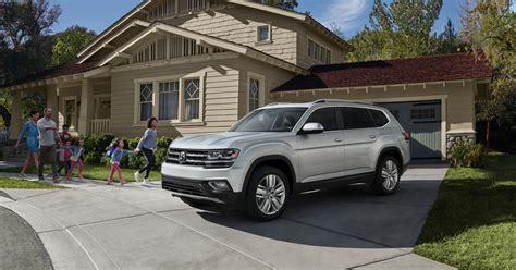vw adds standard features   atlas suv aaa auto buying review aaa talksaaa talks